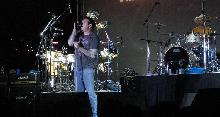 Le chanteur de Smash Mouth, Steve Harwell